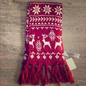 NWT Forever 21 long burgundy reindeer tassel scarf